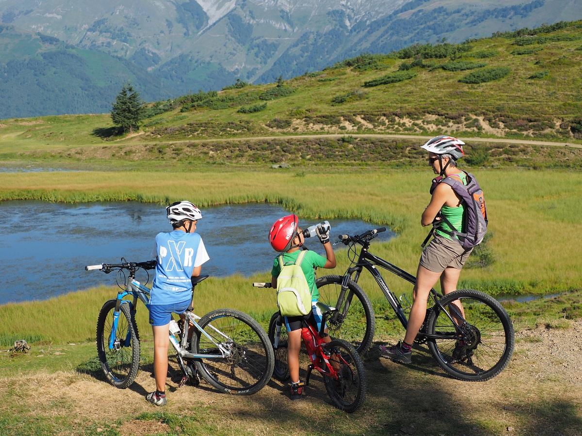 Randonnées à vélo, VTT, VAE, démos, initiations...   Toute la journée !