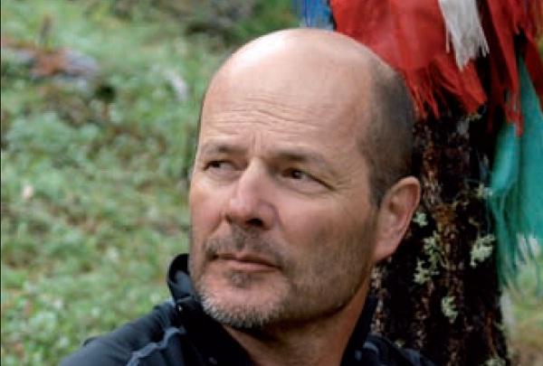 L'opéra alpin  Transboréal, 2015  Une traversée des Alpes à pied–Alpini   Glénat, 2017    Gérard Guerrier  Grand voyageur et ancien directeur général de l'agence de trek Allibert